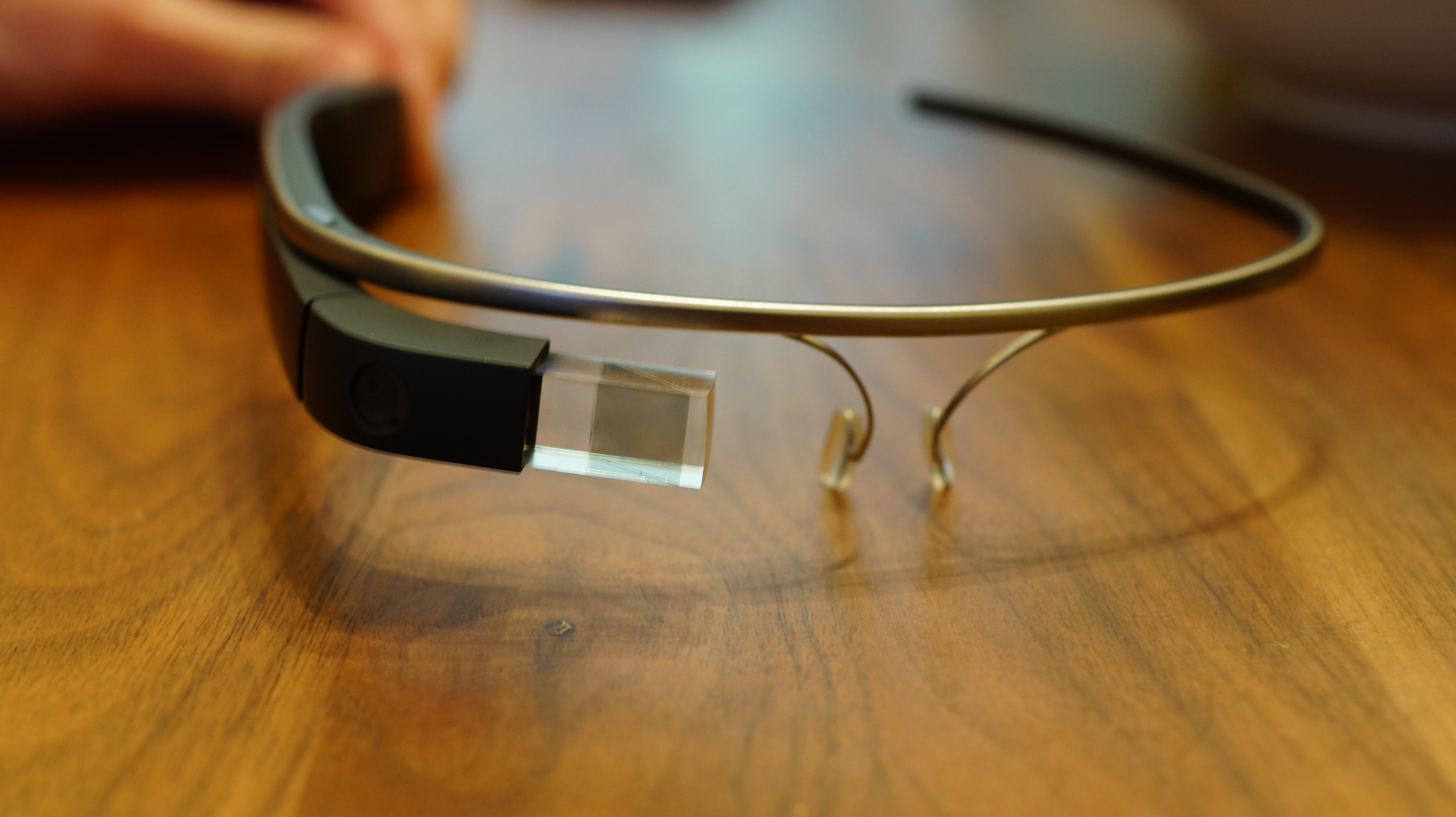 Developing apps for Google Glass by Marcio Valenzuela