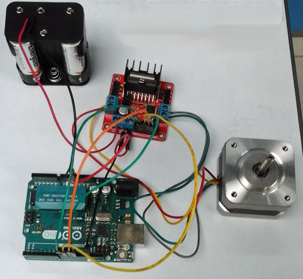 Arduino IoT Simple Tutorial Stepper Motors L298N Santiapps.com Marcio Valenzuela